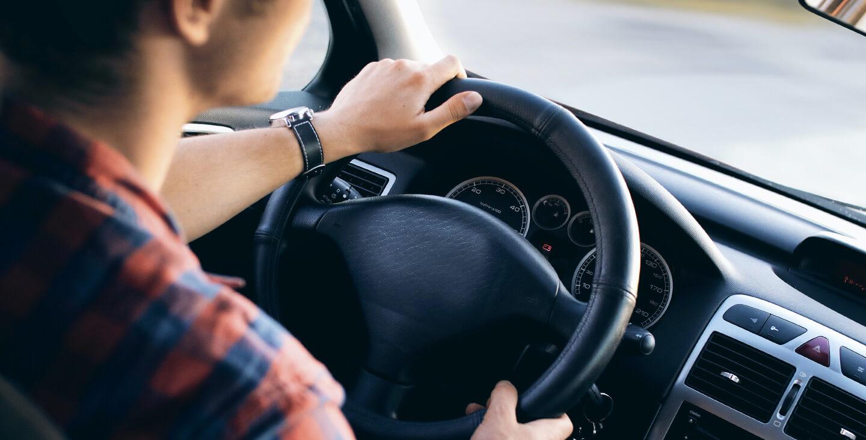 Kako odabrati idealan novogodišnji poklon za ljubitelje automobila