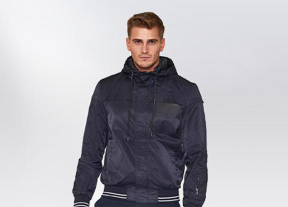 Moške jakne (110402).jpg